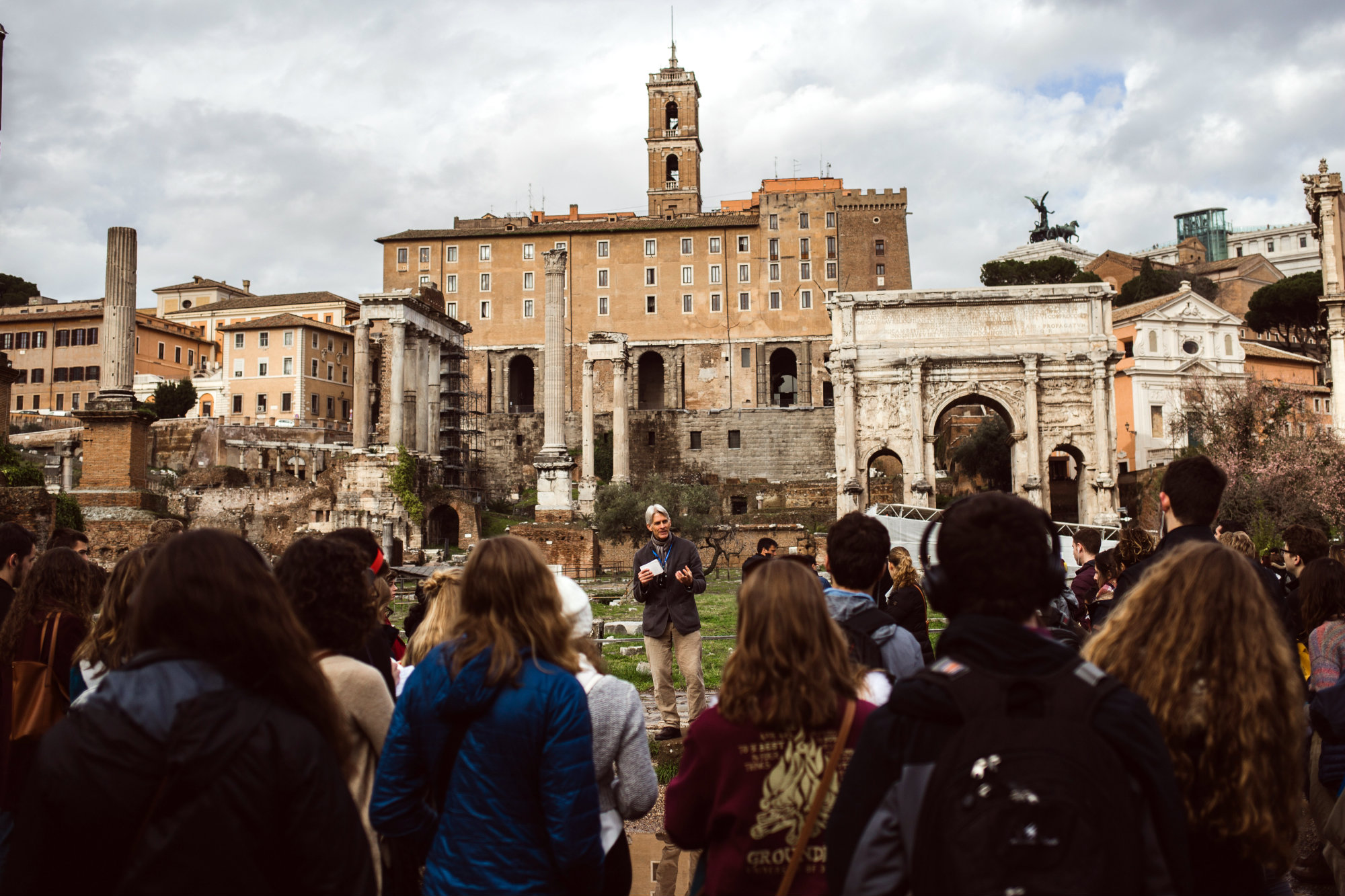 Art & Architecture Site Visit to the Roman Forum and Colosseum